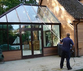 conservatory-window-cleaning01