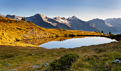 Laghetto alpino all'alba (cesco.pb) Tags: italy alps canon italia alpi montagna montains altoadige sudtirol valleaurina speikboden speikbodensee alpiaurine efs1855mmf3556is canoneos1000d