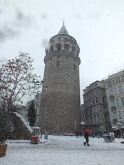Galata Tower in snow (CyberMacs) Tags: snow tower weather turkey fort trkiye ruin places istanbul trkorszg rook bastion galata kule beyolu galatatower galatakulesi towerofchrist christeaturris constantinoble cenevizsurlar galatasurlar othernames galatawalls galatafortress istanbulwall