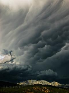 amenaza tormenta  en la sierra de Gredos ma