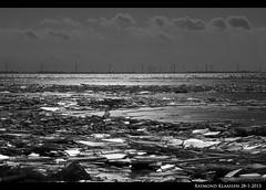 kruiend ijs urk 10 (raymondklaassen) Tags: winter flevoland ijsselmeer januari urk ijs vorst dooi kruiendijs ijsvlakte