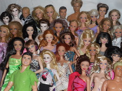 My Collection (Group 1, closeup A) (barbie.basfash2013) Tags: barbie kendoll barbieken honeyryder barbiefairytopia simbatoys collectorbarbie barbiemodelmuse barbiefashionista barbiebasics barbietwilight barbielea kensporty barbiesporty barbieheidiklum barbiearticulated barbiehungergames barbiegoddess simbamaledoll barbietimgunn barbiewizardofoz collectorkendoll barbiedynansty sharpaydisneyvipdoll barbiefashoinistasummer barbiesummerbeachline yoyoskipper
