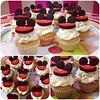 MiniCupcakes Mickey, bellísimos  solo en #sweetcakesstore #sweetcakesve #lecheria #venezuela #puertolacruz #cupcake #cupcakery #bakery #originalstore #originalcupcakes #originalcakes #lovecupcakes #cupcakes #mickey #photooftheday #instagramers #3000follow (Sweet Cakes Store) Tags: cakes square de cupcakes yummy y venezuela mini disney mickey tienda cupcake squareformat hudson fondant tortas lecheria sweetcakes ponques ponquesitos iphoneography instagramapp uploaded:by=instagram sweetcakesstore sweetcakesve