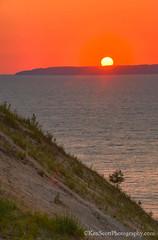 Lake Michigan ... bluff, island, sunset (Ken Scott) Tags: pyramidpoint sunset leelanau michigan usa 2016 august summer 45thparallel hdr kenscott kenscottphotography kenscottphotographycom freshwater greatlakes lakemichigan sbdnl sleepingbeardunenationallakeshore voted mostbeautifulplaceinamerica