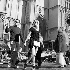 20160815-naamloos8.jpg (Woolfingale) Tags: square relaties mensen zwartwit lenzen street zw minoltamd3570f35 1x1 zomer 2016 lrcc seizoenen sonya7