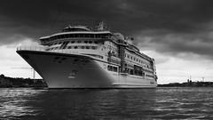 Pretty big! (mpersson60) Tags: sverige sweden stockholm bt boat hav sea svartvitt bw