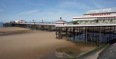 North Pier - Blackpool (Neil Pulling) Tags: northpierblackpool north pier blackpool irishsea seaside england lancashire seasideresort beach