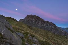 'Twilight Tryfan' - Snowdonia (Kristofer Williams) Tags: tryfan mountain snowdonia wales moon moonlight twilight dawn bluehour landscape ogwenvalley