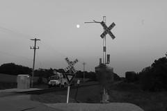 Adams Moon (MILW157) Tags: union pacific adams sub ashippun crossing lincoln road gate moon train track railroad