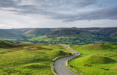 Edale Valley (Aaron Miller Photo) Tags: edale valley road curve mountain green grass light sunset amazing outdoor gorgeous colour nikon d7100 nikond7100 peak peaks district peakdistric natioanl park cokin filter filters nd grad sort hard outside