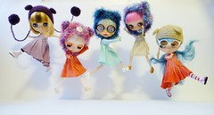 Can Bears Jump? (Kewty-pie) Tags: bear glasses jump gabby hats dresses crepe vanilla blythe pickle manis helmets matin atelier winkle mitilene cupcakecurio supertaan herzlichkeitan