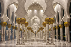 Exquisite Detail (Menetnasht) Tags: detail gold united uae grand mosque emirates zayed arab abu dhabi sheikh