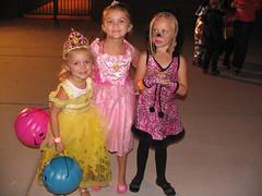 Alex, Brooklyn and Peyton (Beauty Playin 'Eh) Tags: sisters pumpkins smilinggirls