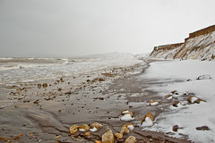 Compton Beach in the snow (BuzzleCup) Tags: snow beach compton isleofwight wight