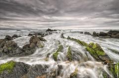Barrika (Carlos J. Teruel) Tags: viaje mar nikon tokina cielo nubes rocas marinas d300 filtros xaviersam singhraydarylbensonnd3revgrad carlosjteruel polarizadorlee105