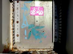 stencil (*L) Tags: streetart geotagged stencil sticker santos osstênceisdal caisdaviscondessa geo:lat=3870475842372868 geo:lon=915563179514129