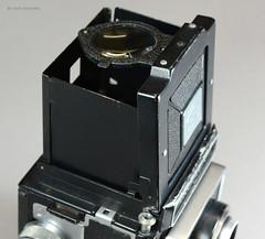 Ikoflex Ia on Display (07) (Hans Kerensky) Tags: ikoflex ia 85416 zeissopton tessar 135 75mm lens 6x6 tlr zeiss ikon display
