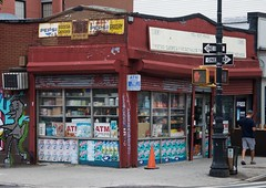 189 Smith Street, Brooklyn (AlainC3) Tags: architecture architectural brooklyn newyork nyc dpanneur convenientstore nikon d90 usa pepsi grocery