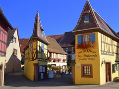 Eguisheim - Alsace (mujepa) Tags: alsace eguisheim vineyards wine tasting halftimbered house maison colombages vignoble vin dgustation