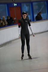 A37W7102 (rieshug 1) Tags: speedskating schaatsen eisschnelllauf skating nkjunioren knsb nkjuniorenallroundafstanden afstanden allround 50010001500massstart demeent alkmaar sportcomplexdemeent juniorenc ladies dames 500m