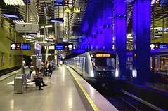 Einfahrt an der derzeitigen stadtseitigen Endhaltestelle des C2-Probebetriebs an der Mnchner Freiheit: Die Garnitur 713 macht sich gut im modernen Bahnhof (Frederik Buchleitner) Tags: 713 c2 c2zug linieu6 mvg munich mnchen mnchnerfreiheit siemens subway ubahn untergrundbahn