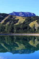 Sommer auf der Hss (rubrafoto) Tags: sommer hss hinterstoder obersterreich speichersee see berge gebirge spiegelung wasser natur landschaft sommerlandschaft tourismus alpinesgelnde wandern wandergebiet ooe