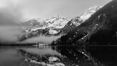 Vilsalpsee, Tirol-0949 (Holger Losekann) Tags: tannheimertal tirol vilsalpsee tyrol sterreich austria see lake berge mountains schnee snow wasser water spiegelung reflection wolken clouds wolke cloud