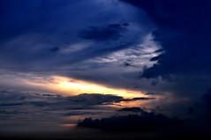 DSC_0156 Before Dark (tsuping.liu) Tags: outdoor sky sunset serene cloud colorofsky lighting nature naturesfinest natureselegantshots