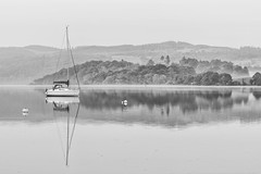 Tranquility (davepsemmens) Tags: boat reflections tranquil tranquility mist misty windermere bw