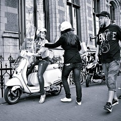 Girls wanna have fun........ (Frank van de Loo) Tags: girls holland netherlands girl amsterdam vespa nederland thenetherlands scooter fille paysbas youngwoman meisje meisjes noordholland niederlande hollande youngwomen muchacha dieniederlande hollanda frulein dsc2439 pleasenonotesonmypictures