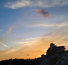 Evening Sky Over Gotanda (aeschylus18917) Tags: danielruyle aeschylus18917 danruyle druyle    japan  nature scenery nikon d700 nikond700 dusk sunset horizon clouds city sky red sundown contrail 50mmf14d nikkor50mmf14d 50mm panorama