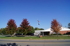 DSC02271 (tomcomjr) Tags: blue autumn trees red green fall yellow day sony sunny bluesky a33 kansas alpha slt pittsburg clearskies sonyalphadslr pittsburgks sal1855