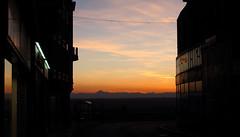 Thiers-Les Puys (Steph Blin) Tags: city sunset urban orange landscape dusk ciel nuages paysage crpuscule reflets auvergne plaine volcans btiments thiers