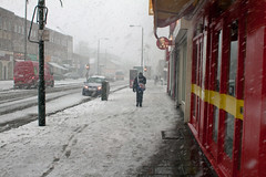 Snow in Kent - Bexleyheath (Che-burashka) Tags: street uk winter england people snow weather kent candid dartford fromarchives canonef28mmf18usm