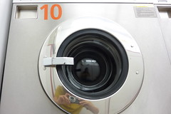 (man:doo) Tags: machine hublot lavelinge lavomatic