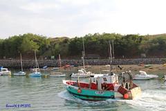 Retour bateau de pêche (Barnie76@ ,Peu dispo) Tags: port bateaux vendée pêche chenal paysdeloire stgillescroixdevie canon60d
