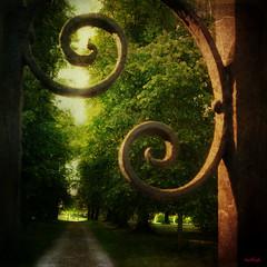 Stockton House Gates (Hotfish) Tags: gates wiltshire stockton flickrsfinestimages1 bestevercompetitiongroup creativephotocafe