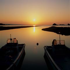 sunset (akira ASKR) Tags: fuji hasselblad okinawa 沖縄 provia provia100f planar hasselblad500cm rdpiii yomitan 読谷 読谷村 planarcf80mm