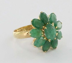 Ruby Lane     Vintage 14k Yellow Gold Emerald Flower Ring Fine Estate Jewelry Pre-Owned Used 7 (kfrishman) Tags: vintage antique antiques vintageclothing artisanjewelry vintagejewelry vintagefashion antiquejewelry rubylane heartearrings rubylanecom vintagevalentinesdaycards