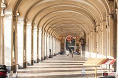 I portici di Torino (OkFoto.it/News) Tags: torino fotografotorino okfoto portici mycity turin architettura piemonte piedmont italia italy piazzasancarlo