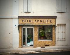 Boulangerie (Pixdar) Tags: mortagnesurgironde charentemaritime devanture storefront vitrine shop boulangerie poitoucharentes
