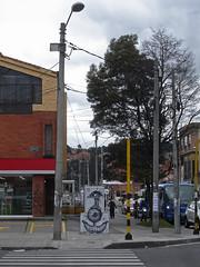 No. 1233 - 25 de septiembre/16 (s_manrique) Tags: calle graffiti bogotá postes