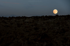 Life on Mars (cucjanji) Tags: moon twilight abstract minimal minimalismo night nightscape nikon nikkor d800