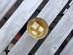 Whisky (rotabaga) Tags: sverige sweden göteborg gothenburg iphone circle drinks beverage liquid whisky