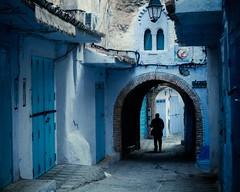 Il est l, hsitant entre lombre et la lumire (cafard cosmique) Tags: africa mountain photography photo foto image northafrica morocco maroc chaouen chefchaouen marruecos marokko rif marrocos afrique chefchouen xaouen chouen afriquedunord    bluetowncity