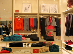 Ann Taylor (thinkretail) Tags: store magasin laden tienda footwear boutique negozio accessories handbags apparel anntaylor womenswear autumn2012