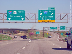 To KCI Airport, 28 Mar 2012 (photography.by.ROEVER) Tags: road signs sign drive march highway ramp driving missouri freeway interstate exit 2012 interchange offramp i29 interstate29 highway71 us71 plattecounty driverpic exit13 march2012