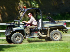 dog man car truck person driving estate transport vehicle hertfordshire woodhall goc wattonatstone johndeeregator woodhallpark gayoutdoorclub z981 woodhallestate gocbengeotowoodhallpark