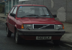 1989 VOLVO 340 (Yugo Lada) Tags: old red london cars car volvo photo nice retro 1989 rare 340 cras g112xlk