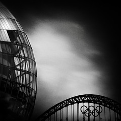 Ever-Increasing Circles (*K*aren) Tags: bridge fog architecture tyne olympics 2012 newcastleupontyne thesage thesagegateshead olympicrings forringo takeaview landscapephotographeroftheyear lpoty wwwphotomusocouk karenatkinson2012 karenatkinsonphotography landscapephotographeroftheyear2012